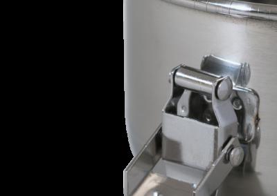 CVault small - latch