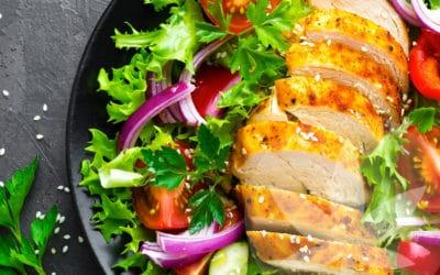 Salade de poulet à la sauce citron CBD